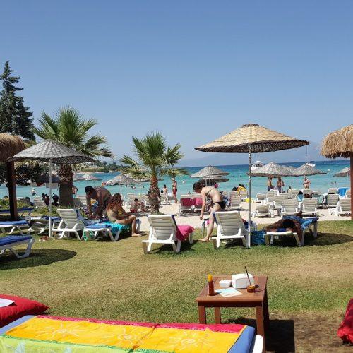 quente-beach-club