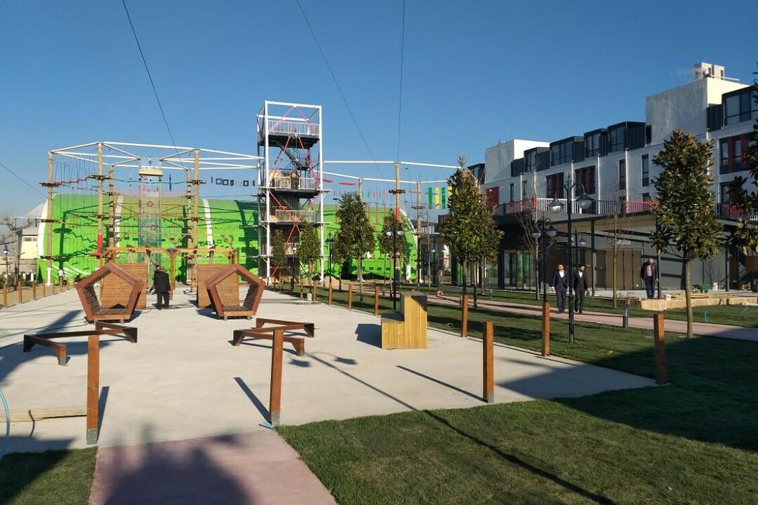 modern-advanture-park-2019
